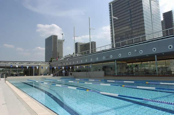 Nager et bronzer la piscine jos phine baker bambi paris for Piscine pour nager paris