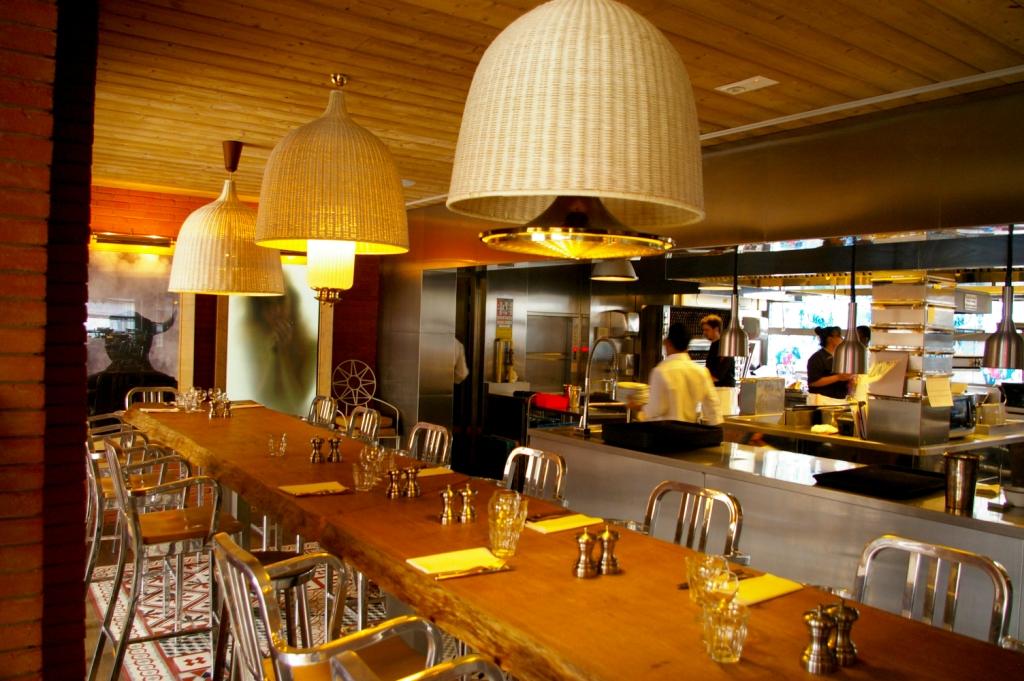 Ma cocotte aux puces de saint ouen bambi paris - Ma cocotte restaurant paris ...